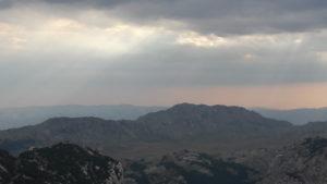 letnji booking smestaj priroda aktivnosti obilasci kolima pesacke ture hiking planina durmitor grad zabljak crna gora prevoj sedlo